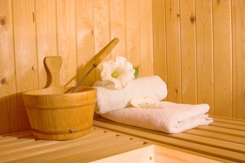 Запрещено посещать сауну и баню при варикозе