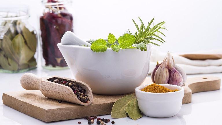 Народная медицина поможет вам побороть заболевание