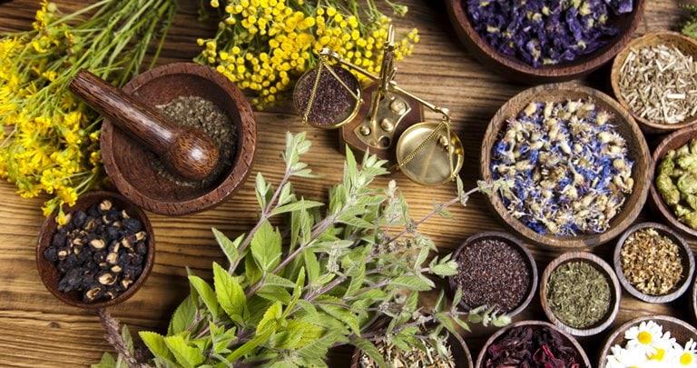 Народная медицина + традиционная могут полностью вас излечить