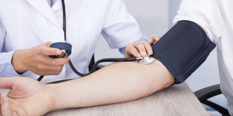 Повешенное артериальное давление может навредить вашему сердцу