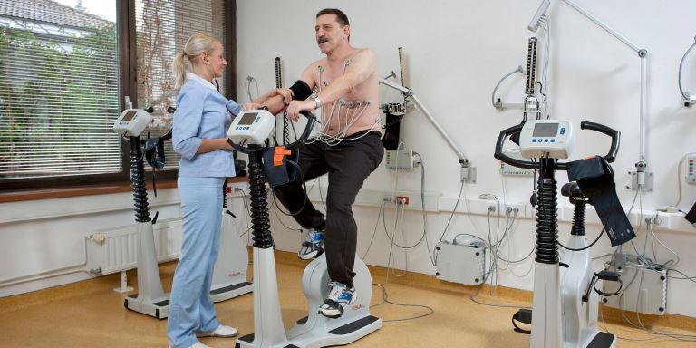 При занятиях физкультурой придерживайтесь рекомендацию врачей
