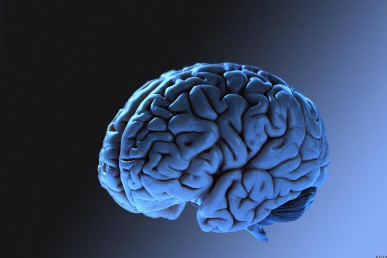 При сильном ударе головой возможно получить сотрясение мозга, которое может привести к инсульту