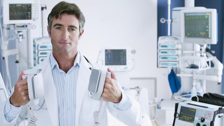 Это безопасный метод купирования болезни, так как вы находитесь под наблюдением врача