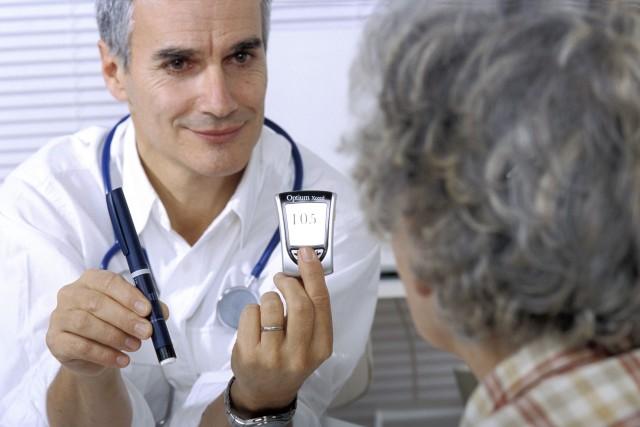 Также у больного возможно проявление синдрома диабетической стопы