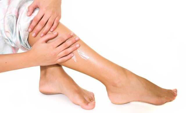 Тромбофлебит поверхностных венозных стволов нижних конечностей на начальных этапах может быть остановлен в домашних условиях
