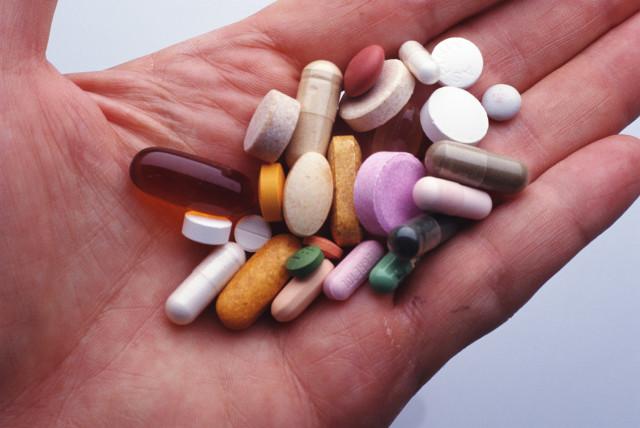 Широко применяются сосудистые препараты, направленные на улучшение сосудистого тонуса