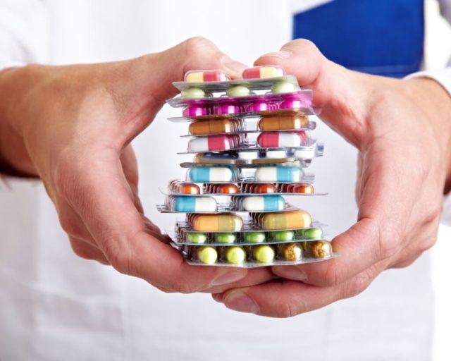 Самостоятельно выбирать препарат для лечения не рекомендуется, поскольку некоторые из них могут спровоцировать раздражение слизистого слоя влагалища