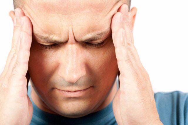 Считается, что главная причина головных болей и головокружений – стресс
