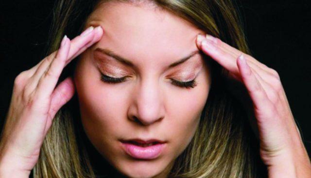 Мигрень – частое проявление ВСД, чаще наблюдаемое у женщин