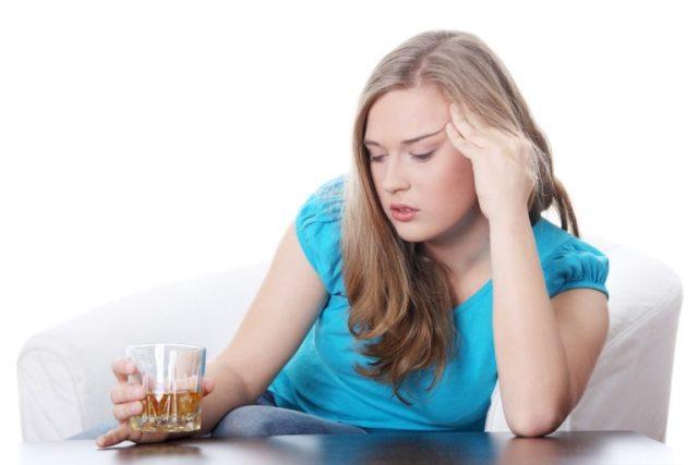 Врачи отмечают, что среди любителей выпить больных ВСД наблюдается гораздо больше, чем среди трезвенников