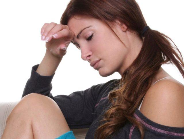 Диагноз вегето-сосудистая дистония ставится пациентам, которые мало бывают на свежем воздухе, работают на тяжелом производстве и регулярно испытывают стрессы