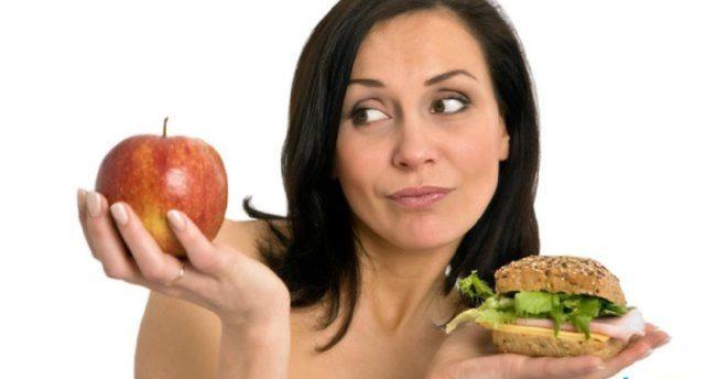 В рацион обязательно нужно включить продукты, содержащие клетчатку, витамины С и Р, полиненасыщенные жирные кислоты, калий