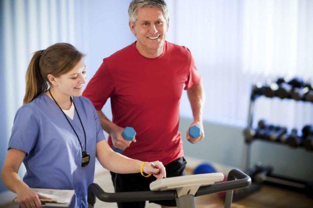 Благодаря специальным упражнениям, можно улучшить кровообращение и восстановить функцию сердца