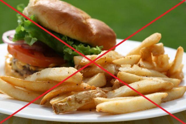 Вам не придется становится вегетарианцем, или есть только сырые овощи, но о многих калорийных блюдах нужно забыть