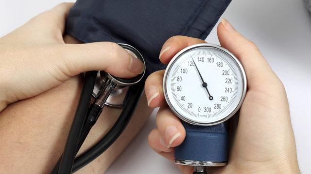 И невеликая, и большая разница между верхним и нижним давлением опасны для здоровья человека